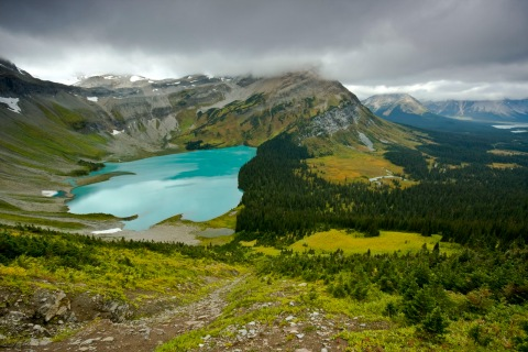 Kakwa Provincial park