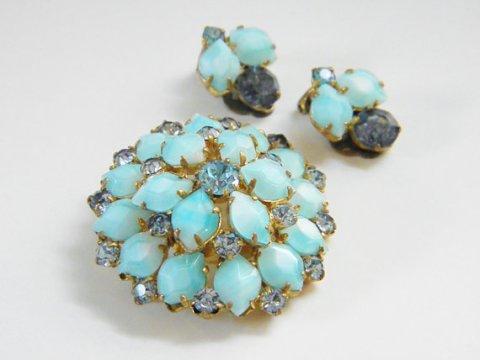 Vintage Blue cut to White Milk Glass Rhinestone Brooch Earrings 50s