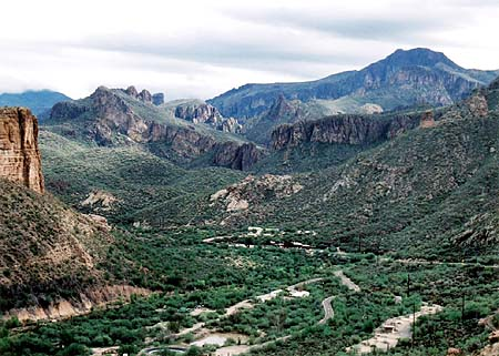 Apache Trail view east towards Tortilla Flat
