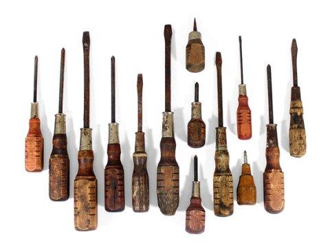 Set of 14 Wood Handled Screwdrivers