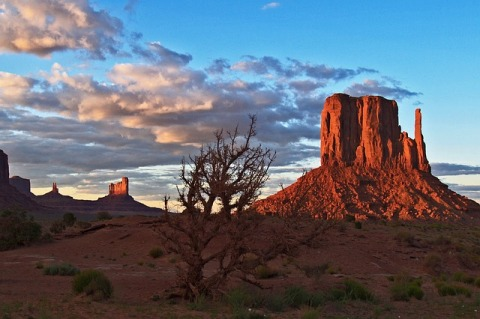 Monument Valley evening