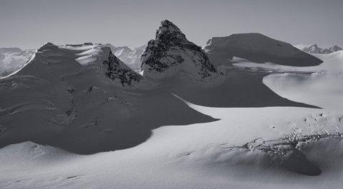 Hallam Peak