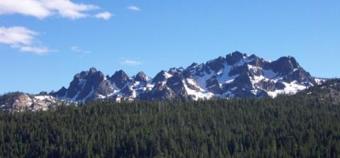 Sierra Buttes from NNE