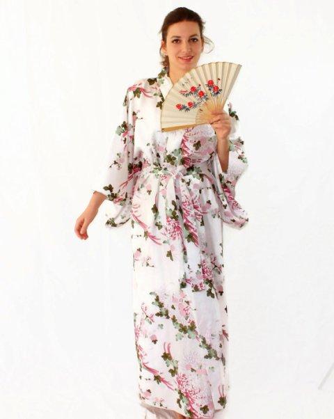Vintage kimono. Pink green white. Kimono robe. Size L XL. Geisha. Oriental style dress. Wedding. Mad Men fashion. Valentines gift