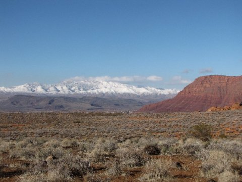 Colorado Plateau and Great Basin transition zone near St. George