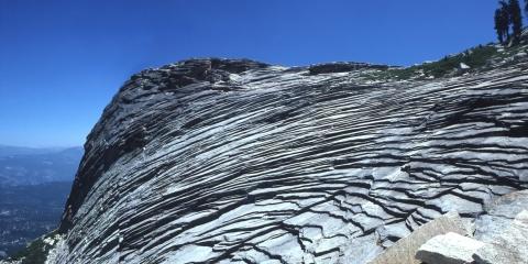 glacial cirque at Little Shuteye Pass