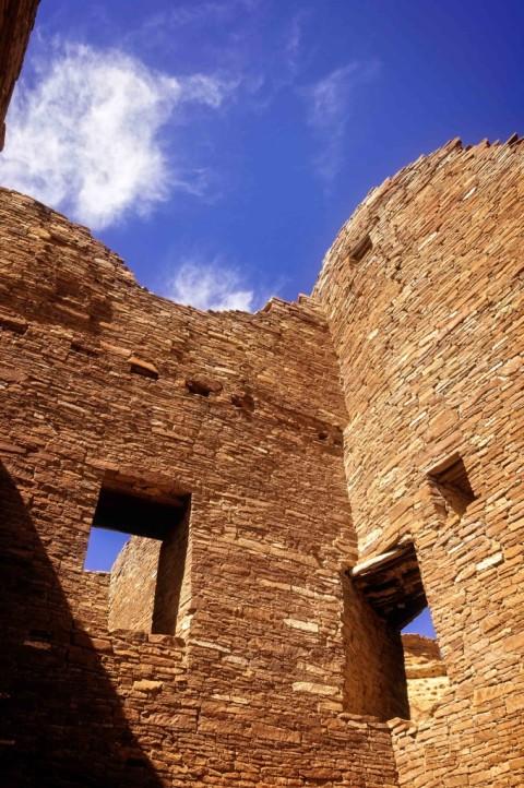 pueblo-bonito-walls-680x1024