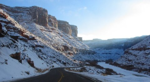 moab-road-snow