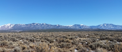 taos-mountain-views_2016-02-10-12.48.06-1680x720