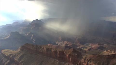 arizona-rain-in-canyon-2_-ktjlduxs__M0000