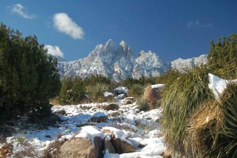 Organ-Mts-Rabbit-Ears-with-Snow