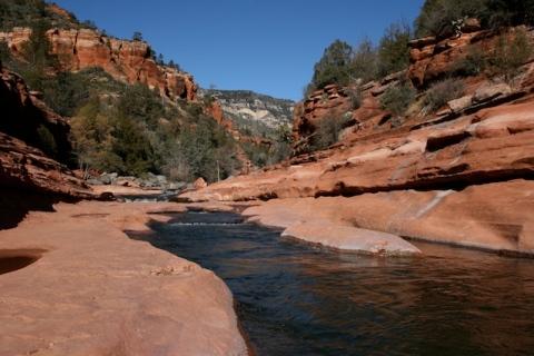 slide-rock-state-park-oak-creek-canyon