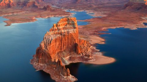 lake-reddish-sunset-powell-stone-blue-arizona-reservoir-beautiful-canyon-utah-water-cliff-rocks-castles-desktop-background-tahoe-1366x768