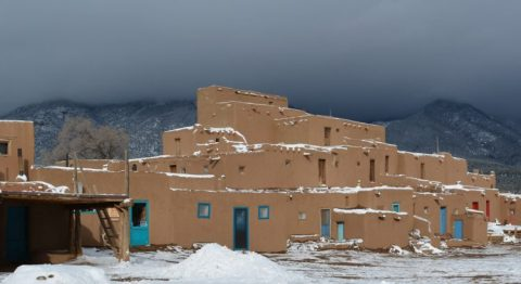 Taos-Puebl-Adobe-Structure-and-Mountain-USE-THIS-ONE-e1485192707363-750x410