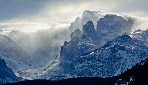 rocky-mountain-peaks