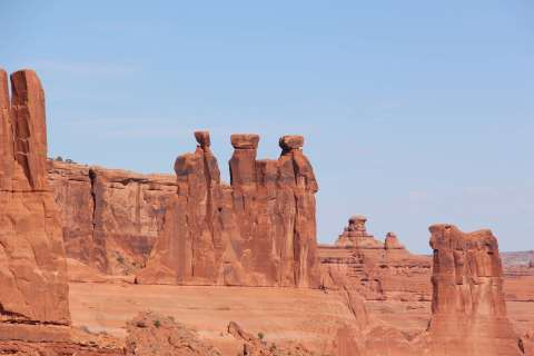 3103242-arches_arches-national-park_geology_landscape_moab_monument_nature_park_red_sandstone_scenic_stone_three-kings_utah