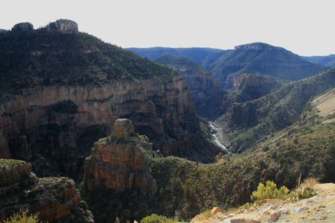 Salt-River-Canyon-10-1203-04