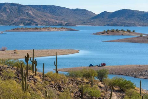 01-721-Lake-Pleasant-Arizona-min